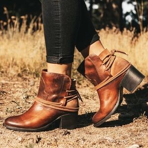 ❌LIKE NEW - FREE BIRD BY STEVEN CASEY ANKLE BOOTS❌